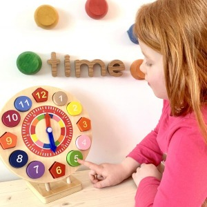 Wooden toy clock puzzle 2