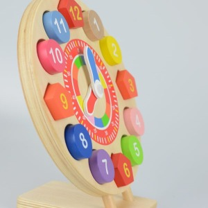 Wooden toy clock puzzle 4